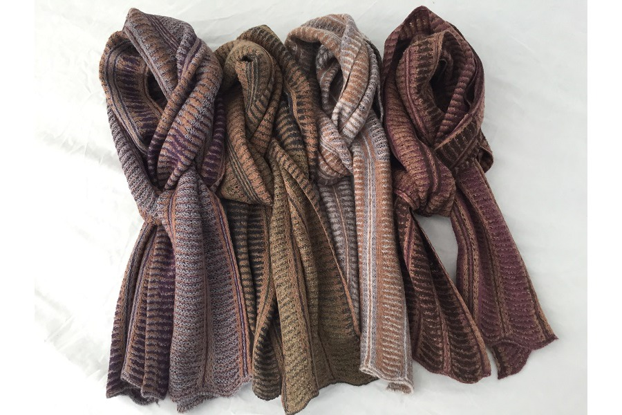 Linzi Jones  knitwear