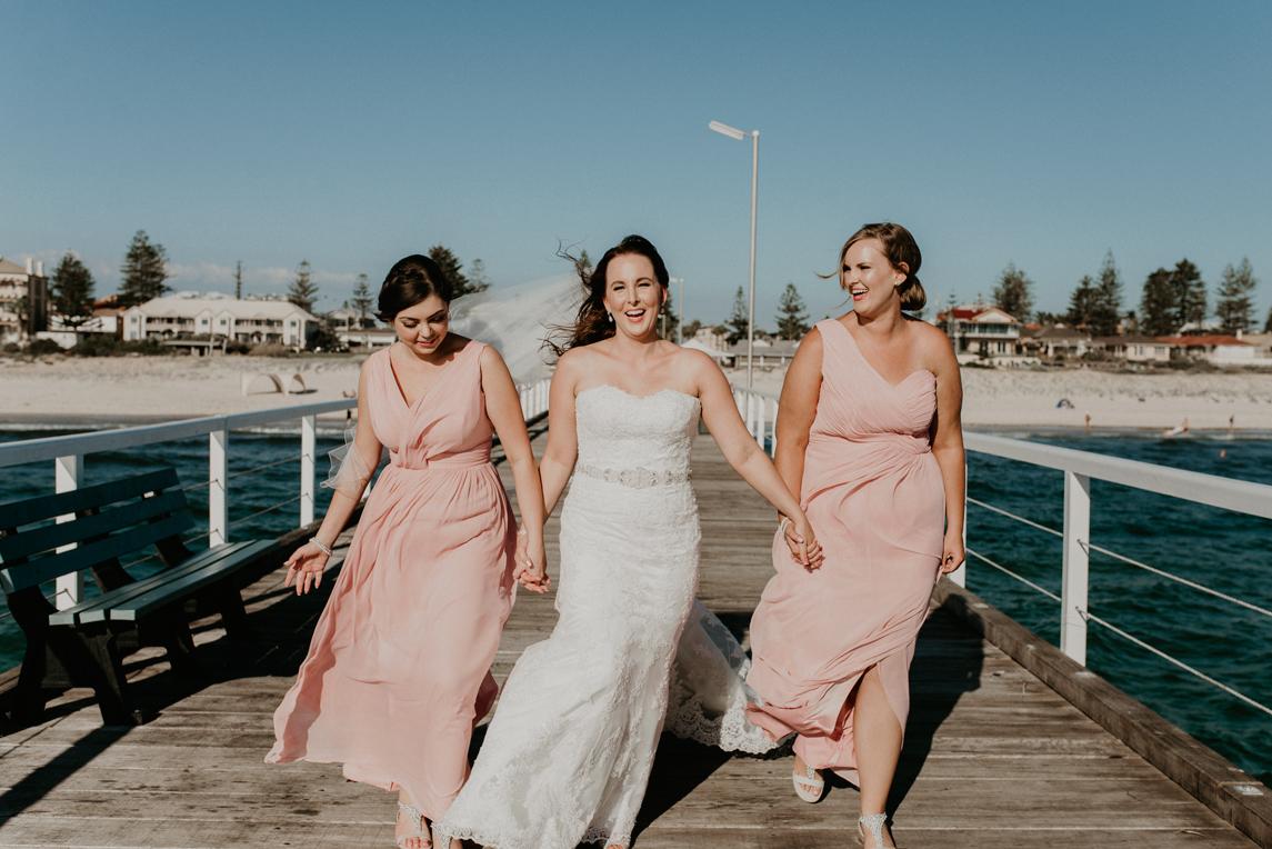 adelaide-wedding-photographer-grangebeach01.jpg