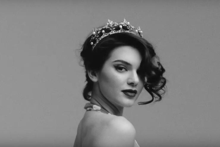 kendall jenner tiara