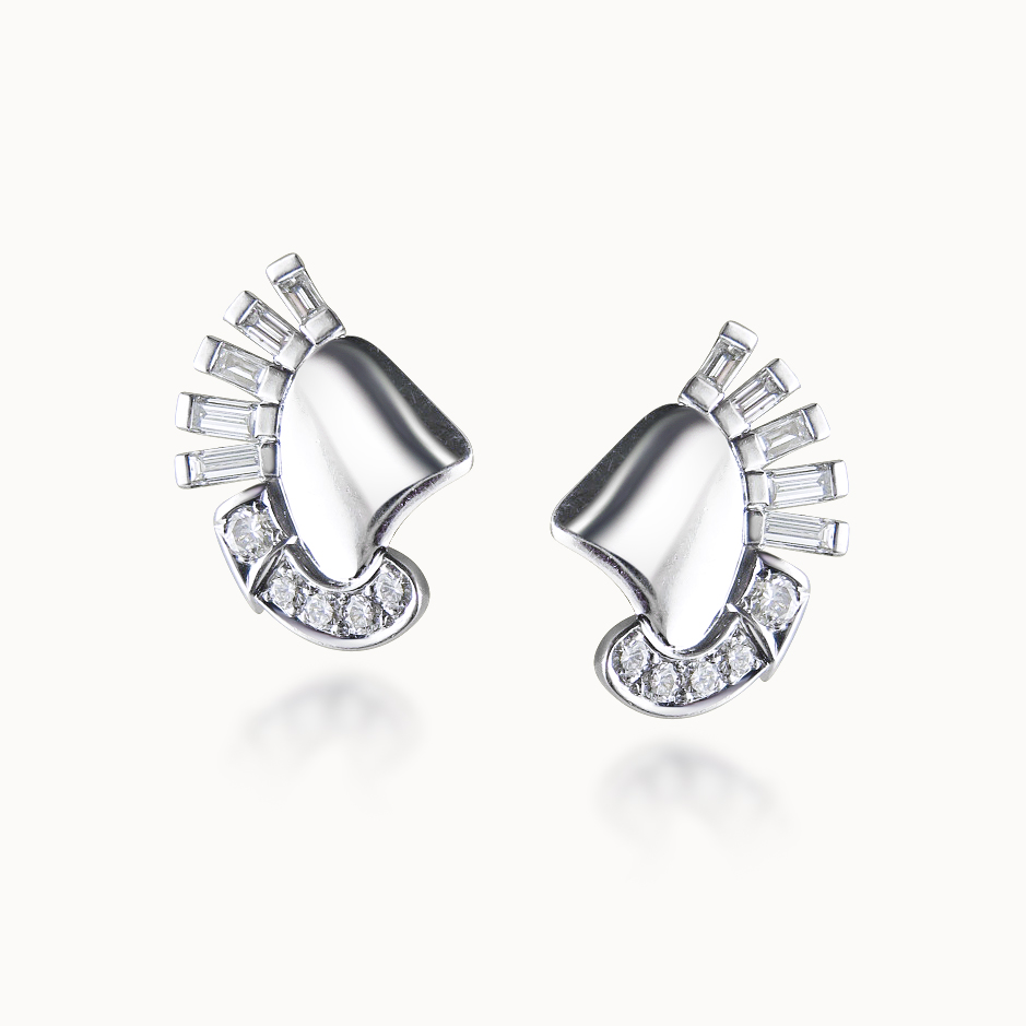 DIAMOND AND WHITE GOLD FAN EARCLIPS