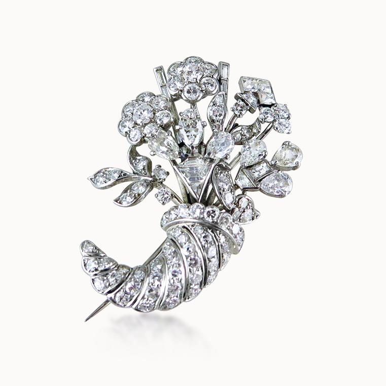 DIAMOND BROOCH OF CORNUCOPIA DESIGN