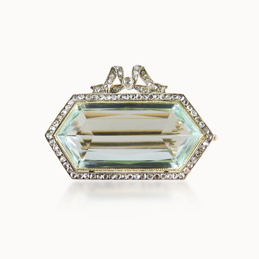 AQUAMARINE AND DIAMOND BROOCH BY FABERGÉ