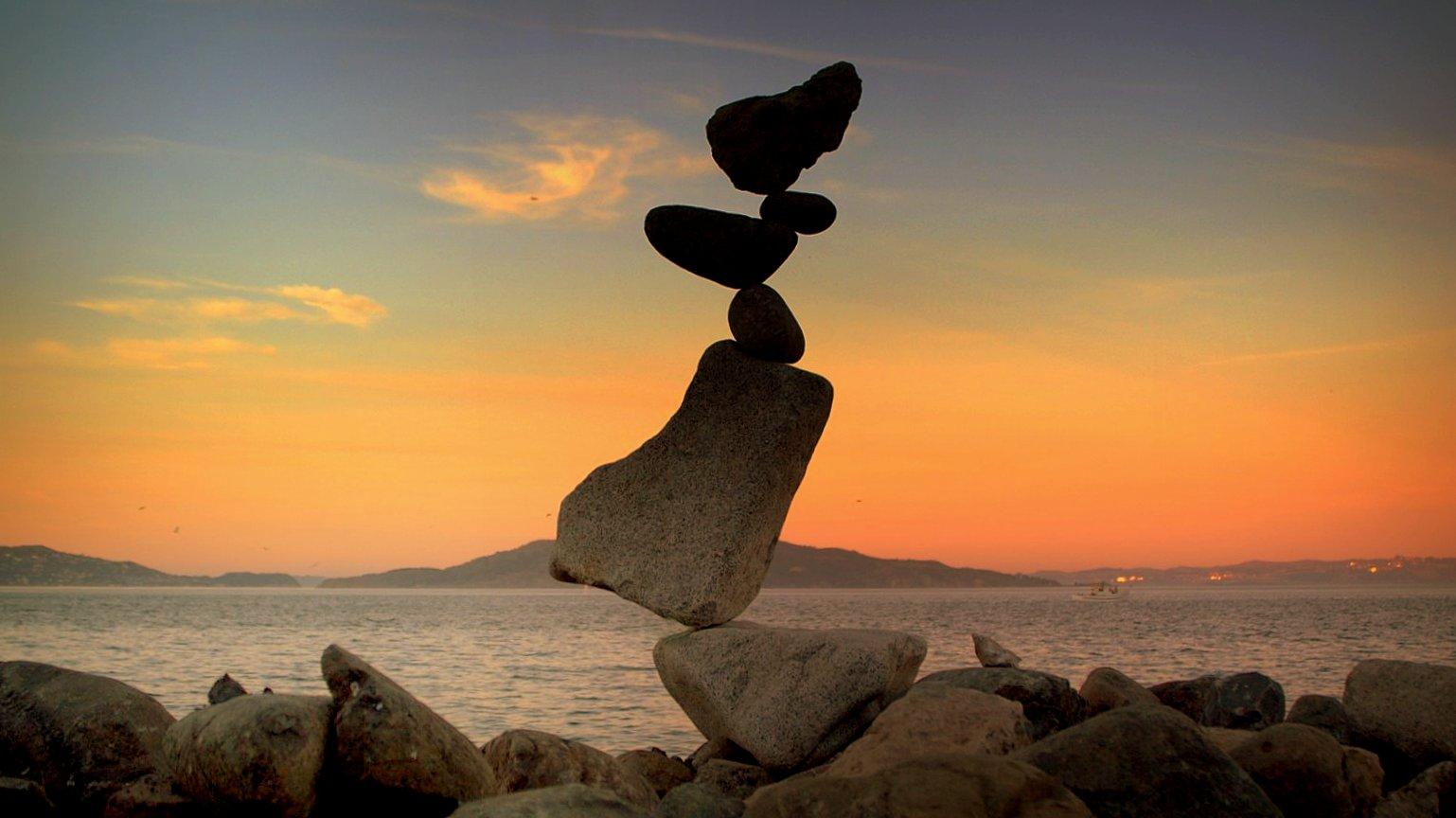 stones balancing.jpg