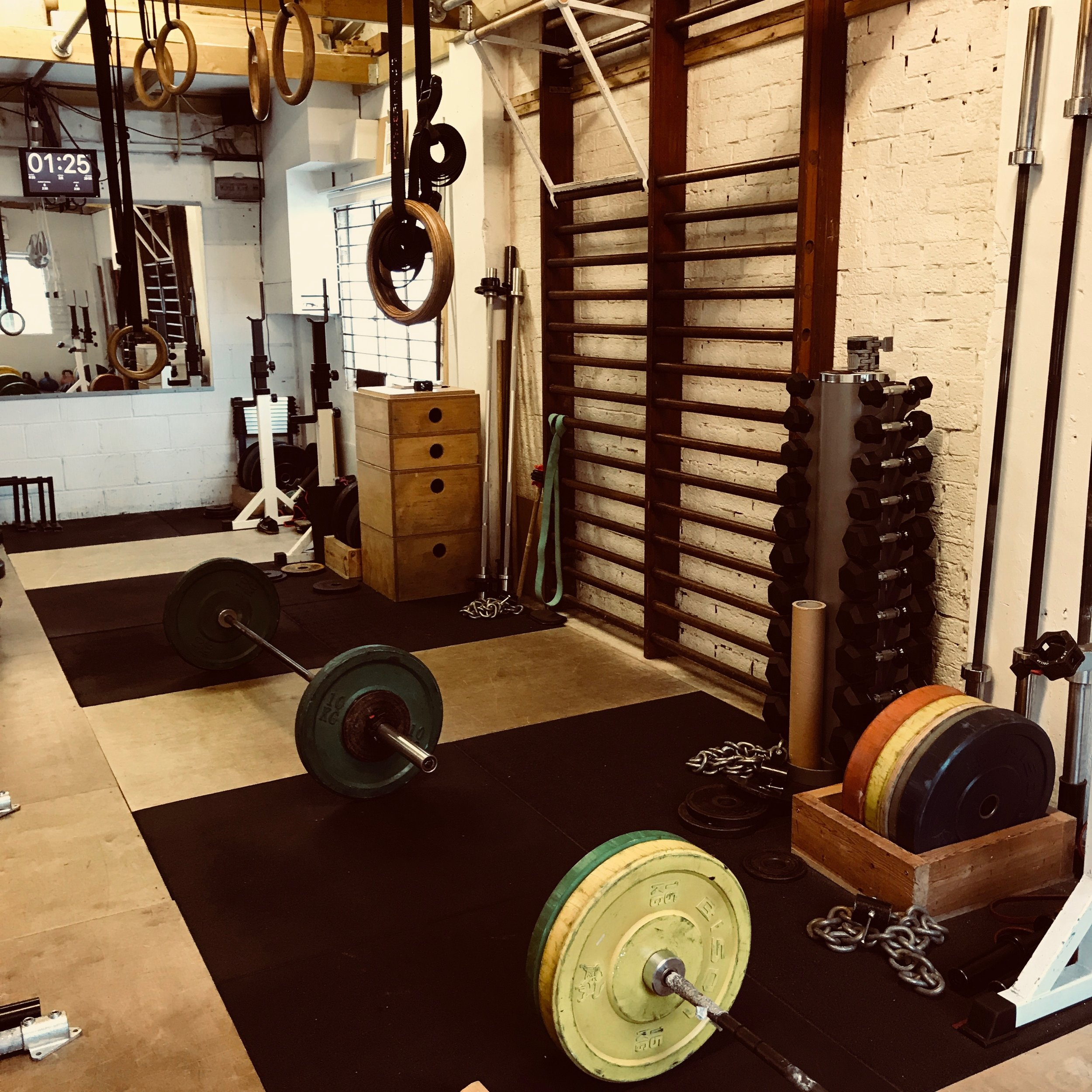 Welcome toThe Original Gym, Cambridge - The Original Gym is a private gym studio in Cambridge offering one-to-one physical training, as well as small group classesfor upper and lower body strength, and movement & mobility.
