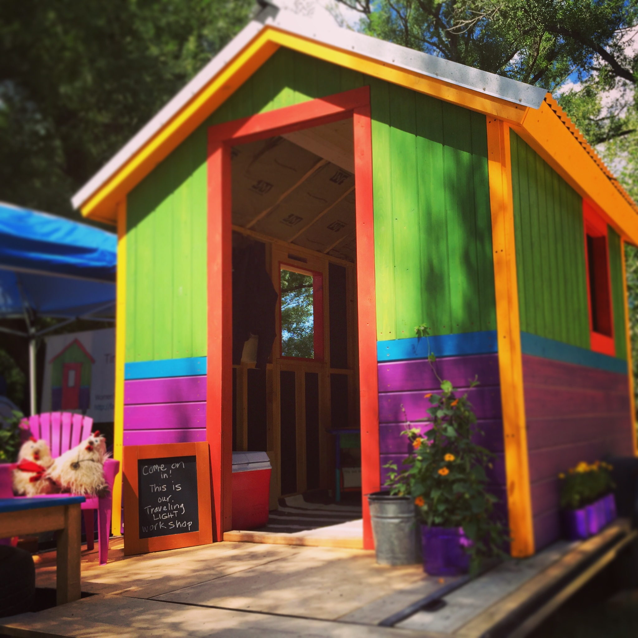 Tiny Living Giant Joy   helping women learn to build tiny houses   & a more meaningful life.