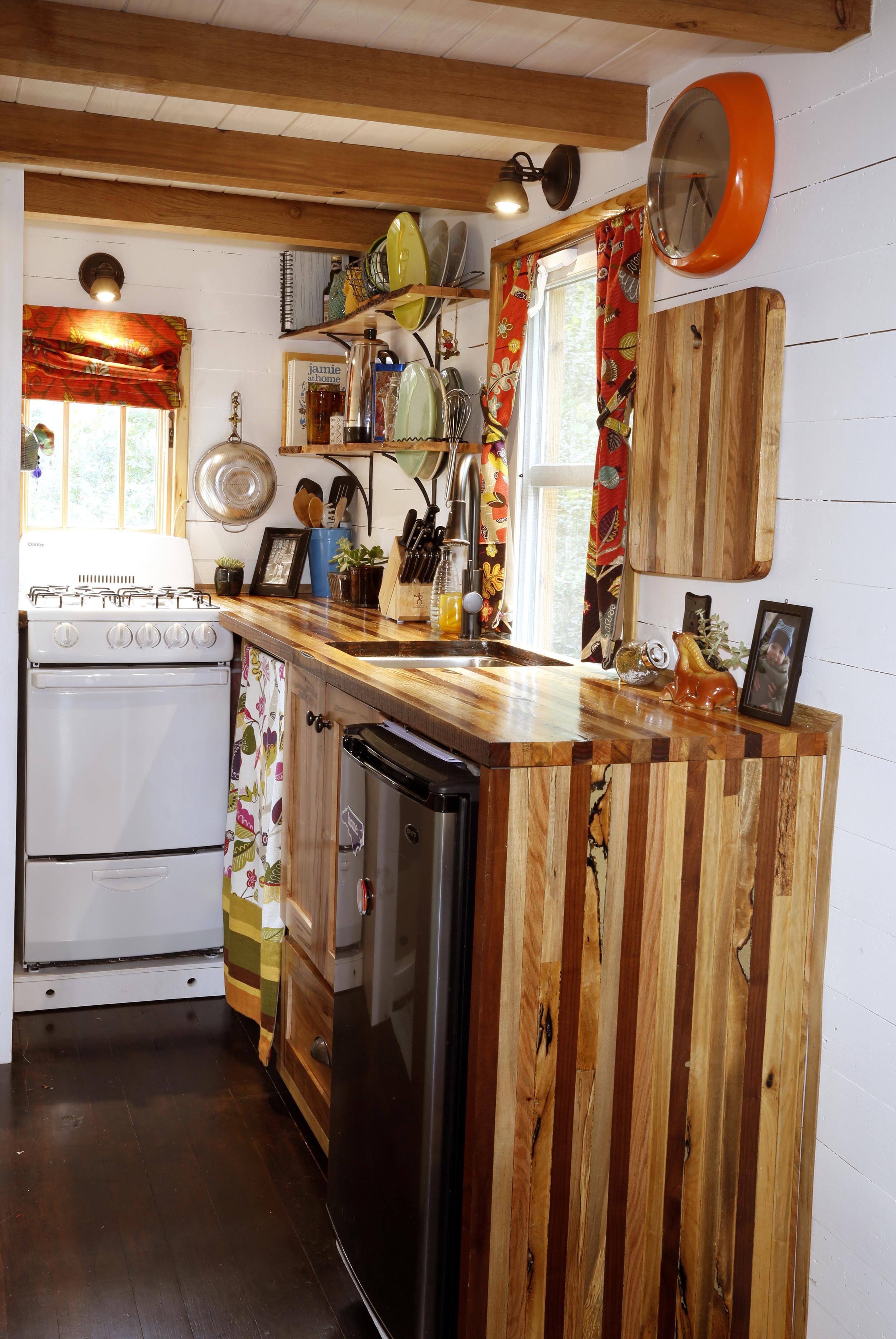 kitchen_vertical.jpg