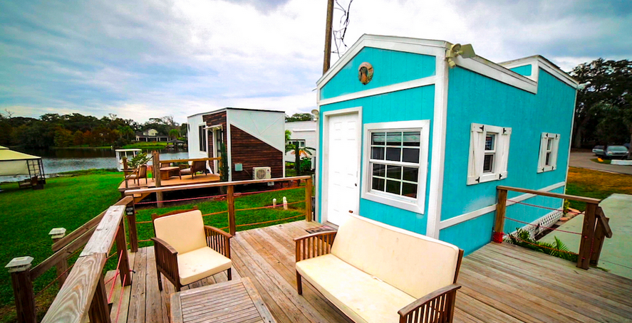 Orlando Lakefront at College Park, a Tiny House & RV Park