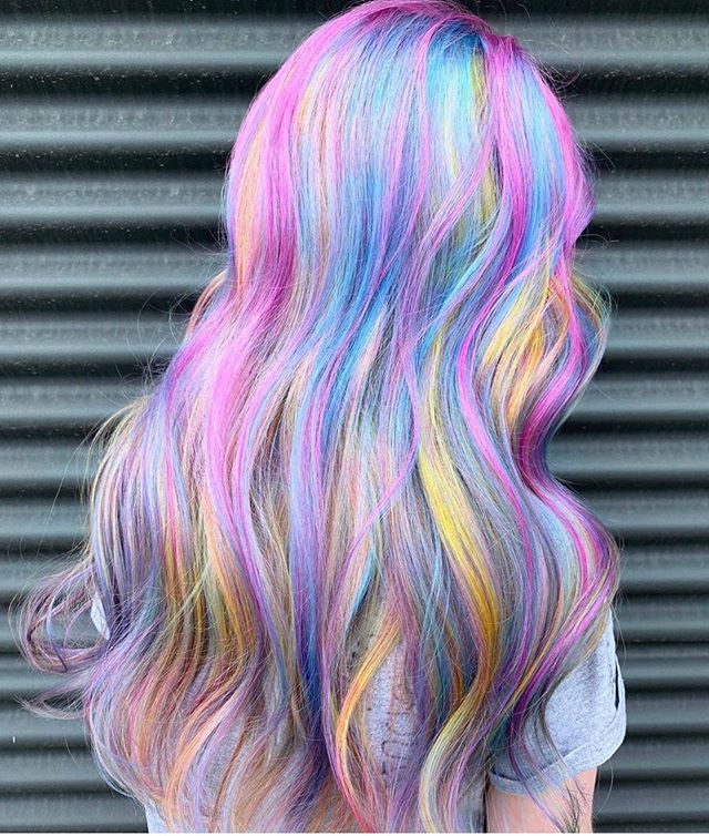 🦄 MOON MIST 🦄 are you prepared for the magic going down on Sunday at #creatifxelevatehair ?? Dreamy colour inspo from #creatifxelevate artist @tmelong #pulpriot // Bring a friend or a 🦄 and RSVP at the link in our bio or at @elevatehair. #torontoevent #yyzevents #blogtoevents #hairjamm  @raycivello @creatifca  @tatumneill @elevatehair  @morganroybeauty  @tristinmorrison @hairbykristjan  @__k_vu__ @sassoontoronto  @sherman_wong @wellastudioto  @phillipelliott  @estebanault  @aran.beattie  @tmelong  @carolynrosecina  @motherofmothss  @dylanportner  @spacestef  @anica.iordache  @demopedulla @bloke.official  @mirellathehairwhisperer @wella