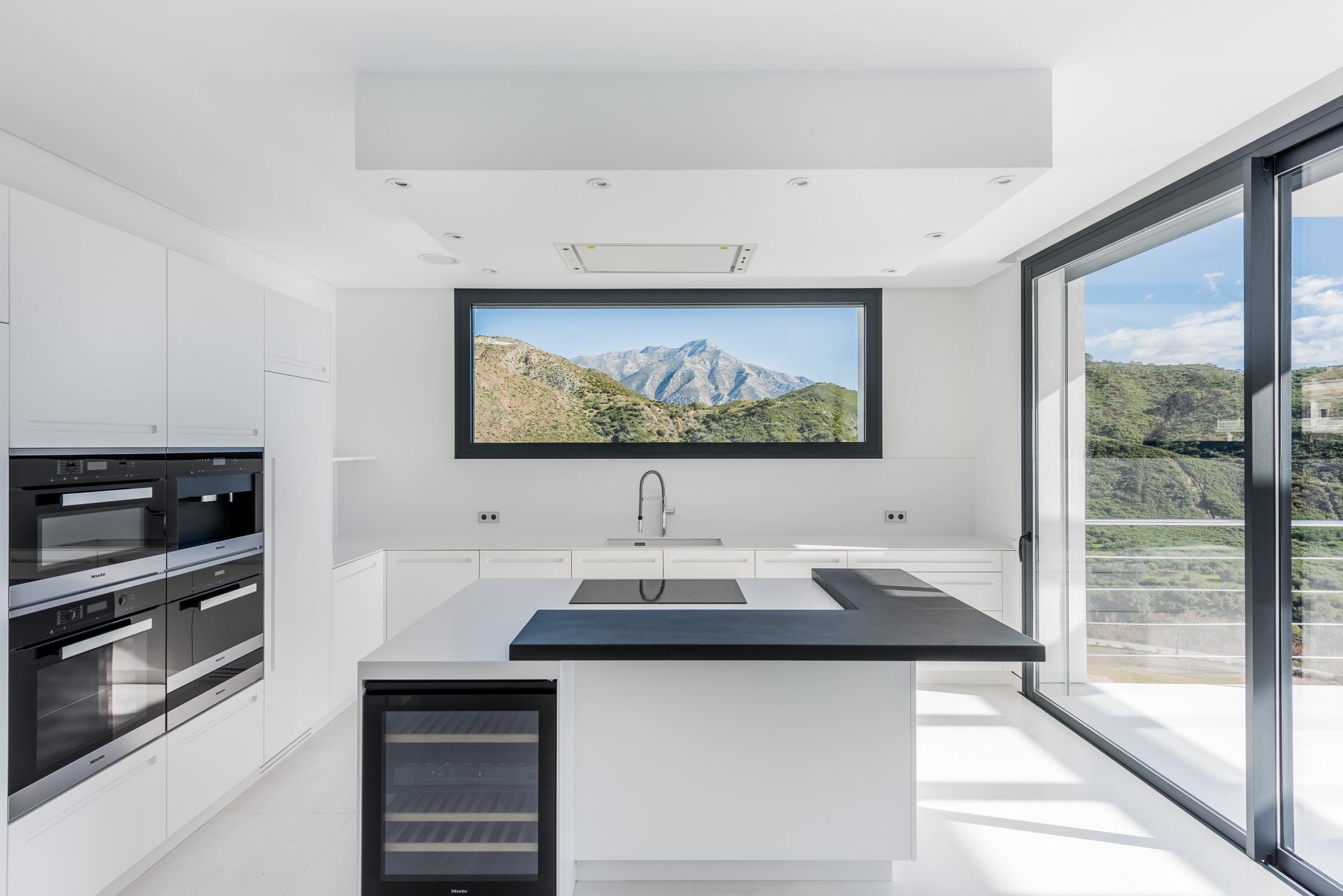 Modern Villa - Marbella