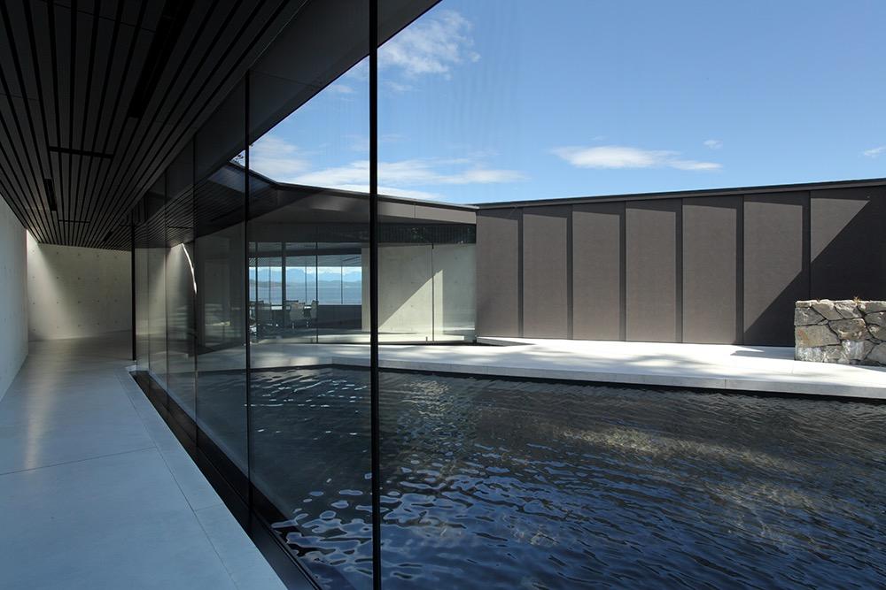 PA_TulaHouse_courtyard2.jpg