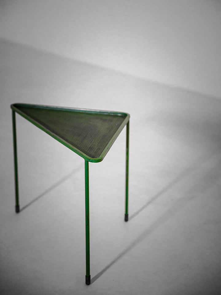 Mategot green triangle-1lr.jpg