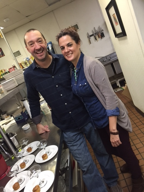 Steve and Steph enjoy their morning breakfast service