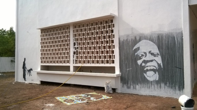 Jinks Kunst - Contributed murals and street paintings to the city of Tambacounda and its Cultural Center as part of Negga Dou's Festival de L'Union, which was sponsored by Thread.