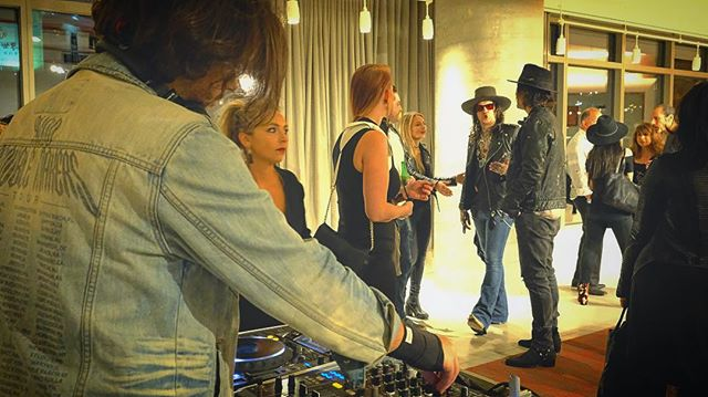 Rock & roll for @christianbenner fashion week show with @djstevepowers 🎸 📸: @alexsansalone