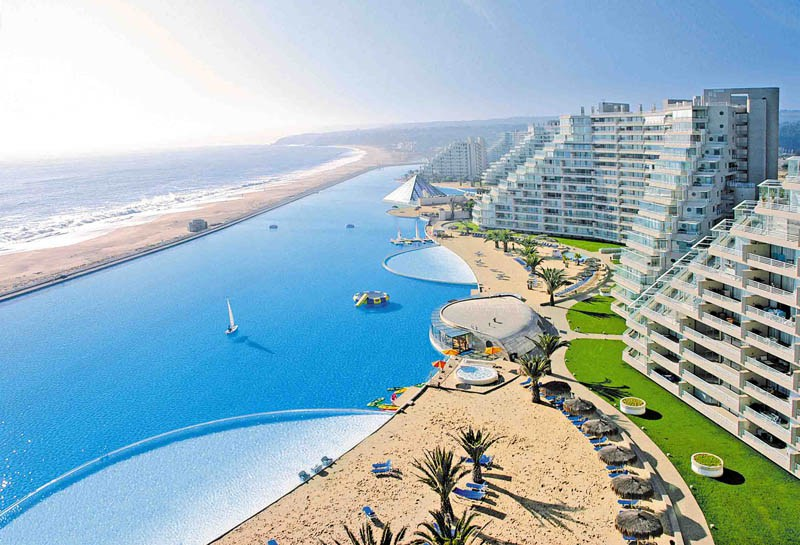 worlds-largest-swimming-pool-8.jpg
