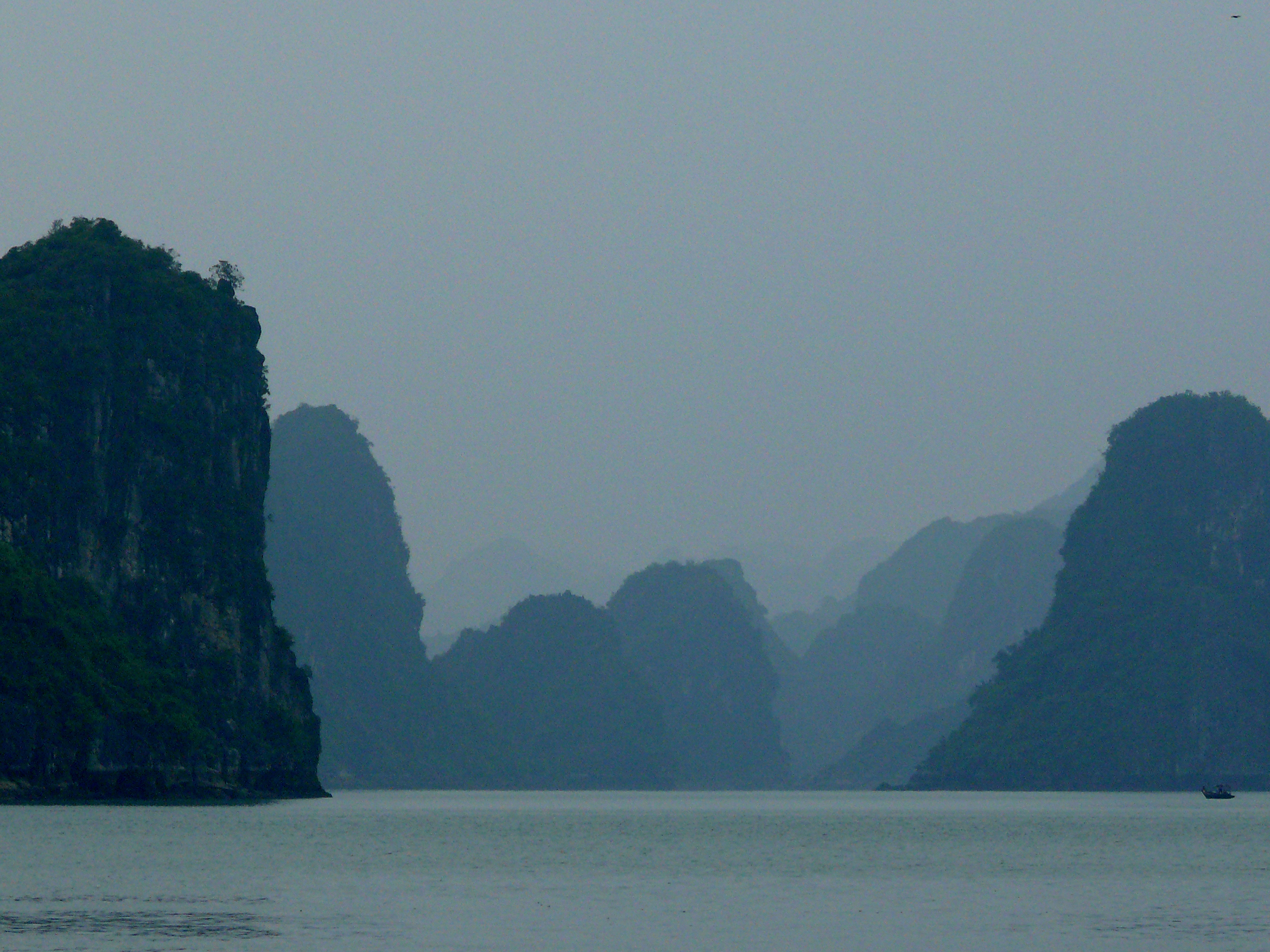 26.Another View of Halong Bay.jpg