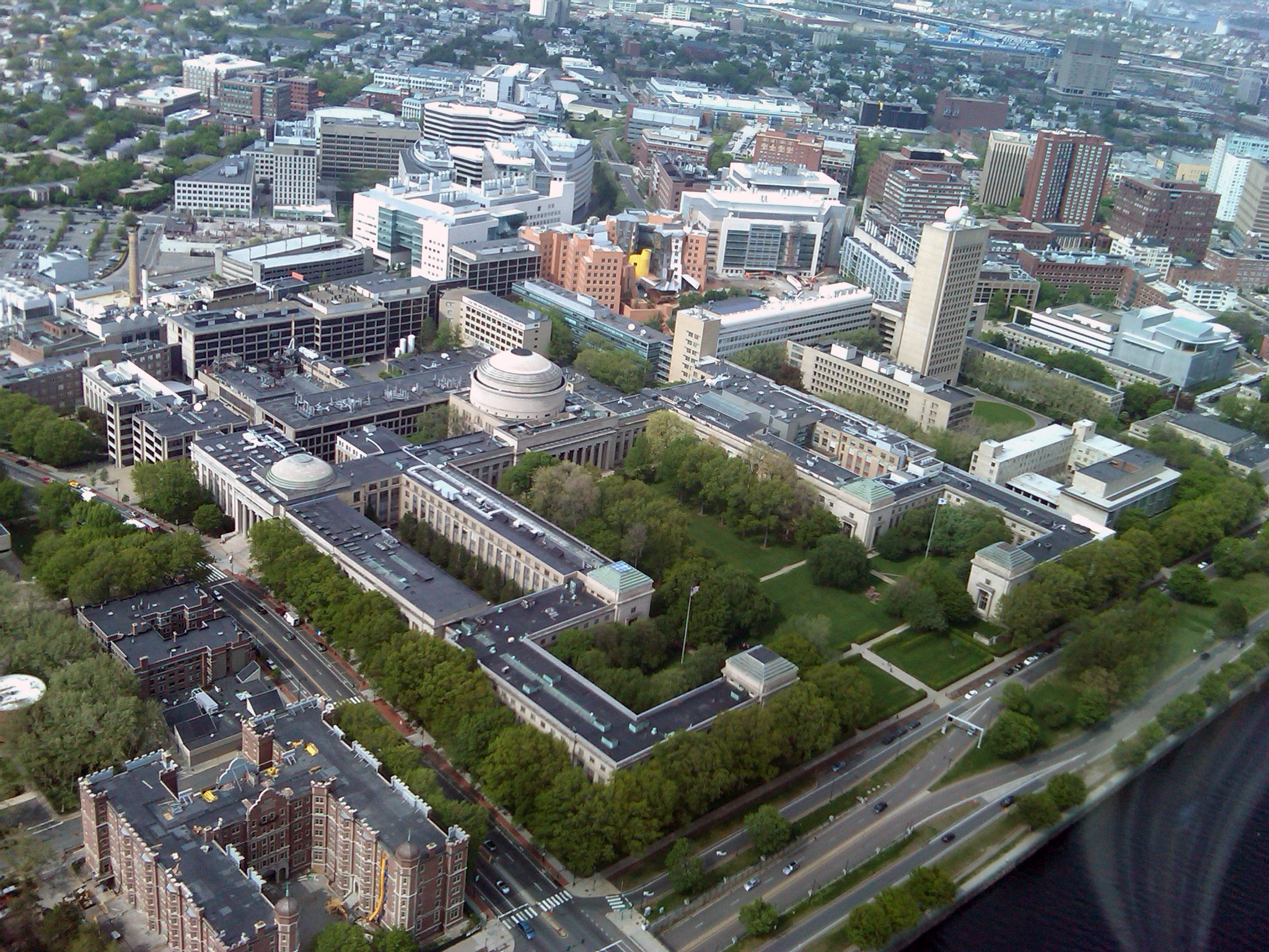 Aerial View of MIT's Current Campus in Cambridge, courtesy of Wikipedia