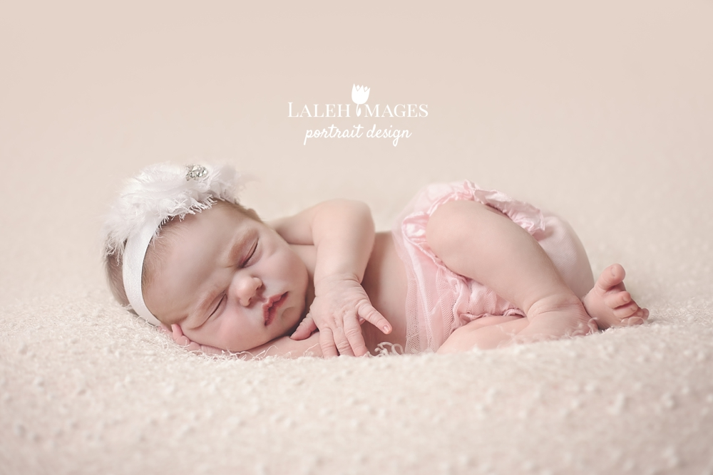 Newborn photo baby Rowan