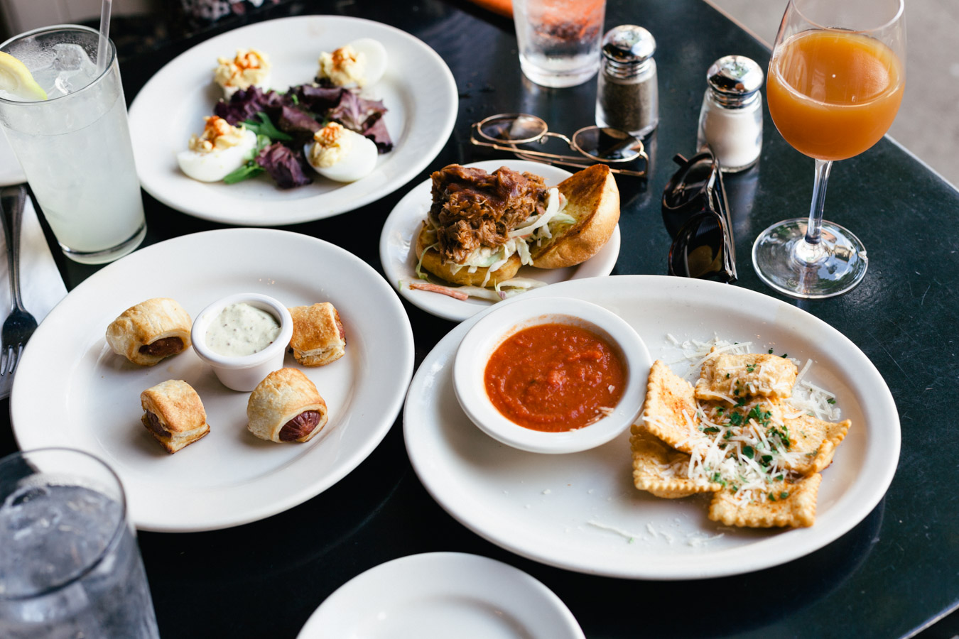 We had the tapas-style late lunch. The sizeis perfect to share and try many dishes.