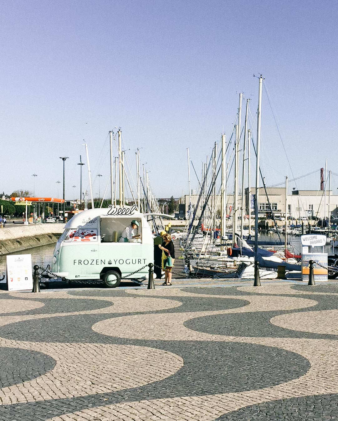 I could wander along the port for the whole sunny afternoon.