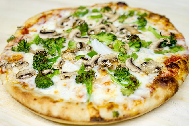 Menu_Image_0000_vegetable pizza.jpg