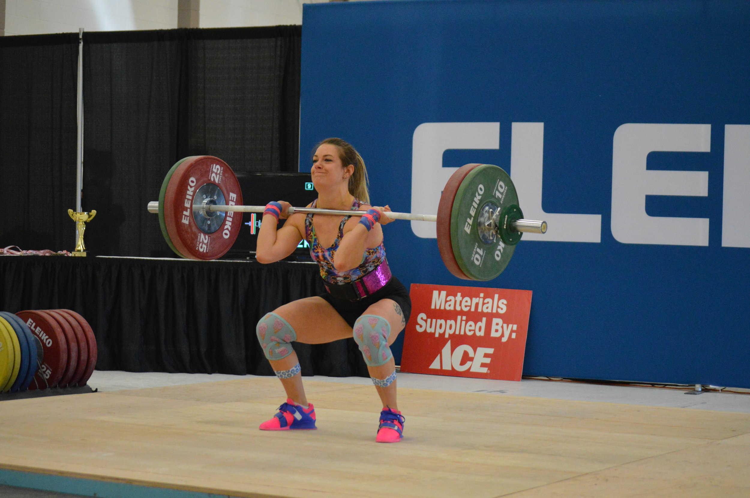 Carly - clean and jerk 92kg (6).JPG