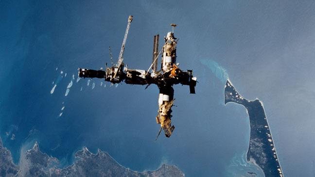 mir-space-station-136396974516302601-150320162324.jpg