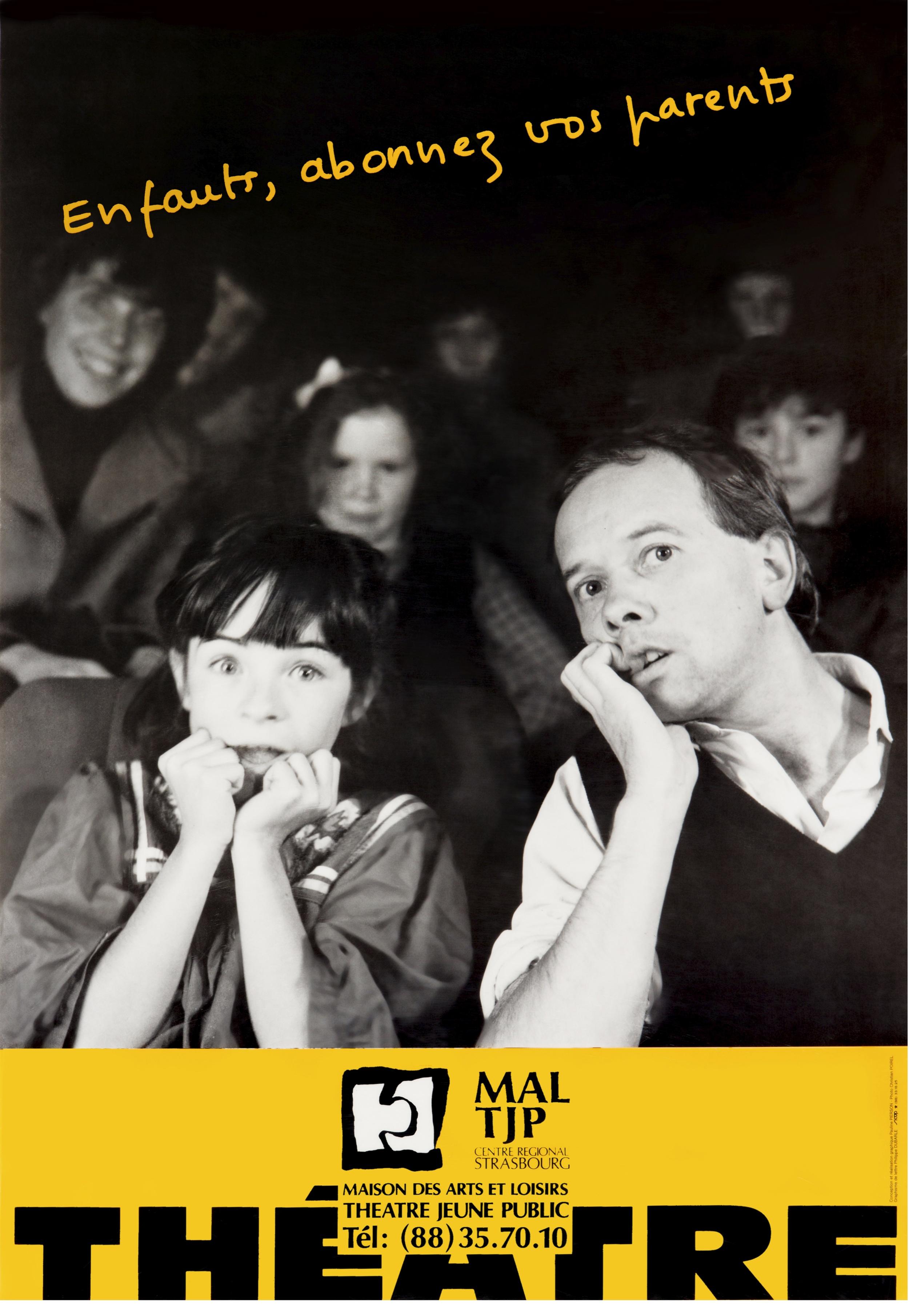 """Affiche """"Enfants, abonnez vos parents"""" (non datée). Graphistes : Pauline PIERSON et Philippe DURABLE. Photographe : Christian POIREL. 67x97 cm. Archives TJP."""