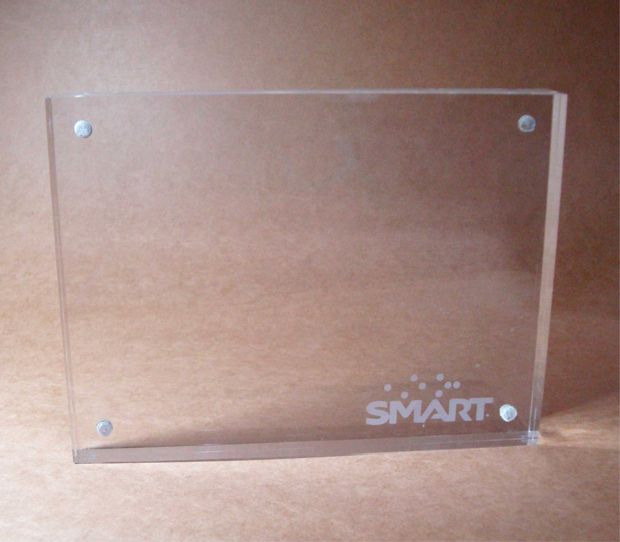 acrylic frame with magnets