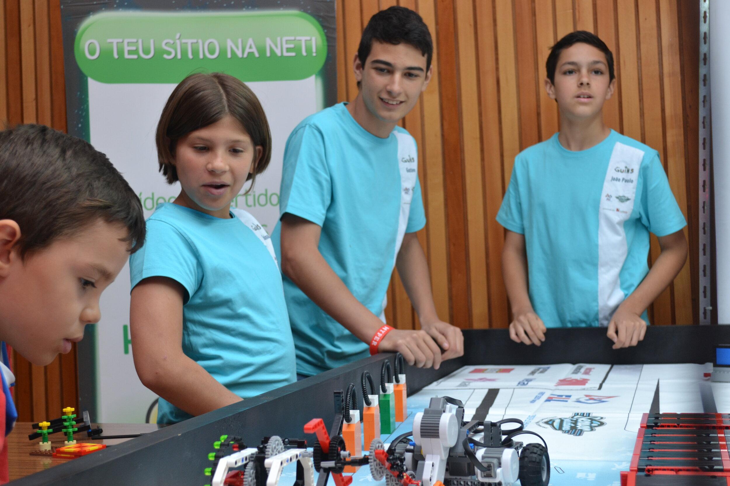 FIRST LEGO League (9 aos 16 anos)
