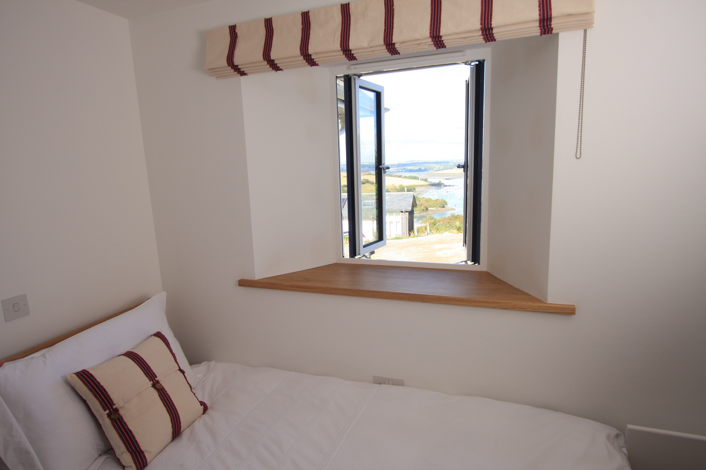 Twin room at Godolphin Cottage