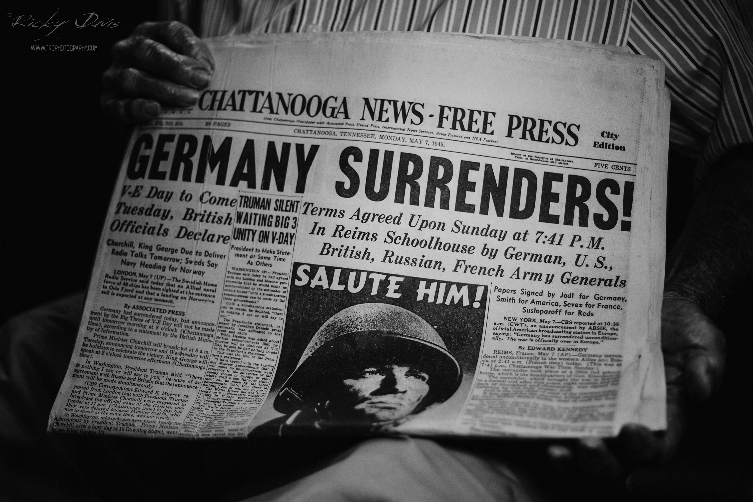 Original Paper from 1945 of the Chattanooga Free Press - Photo by Ricky Davis of TRD Photography - Canon 6D