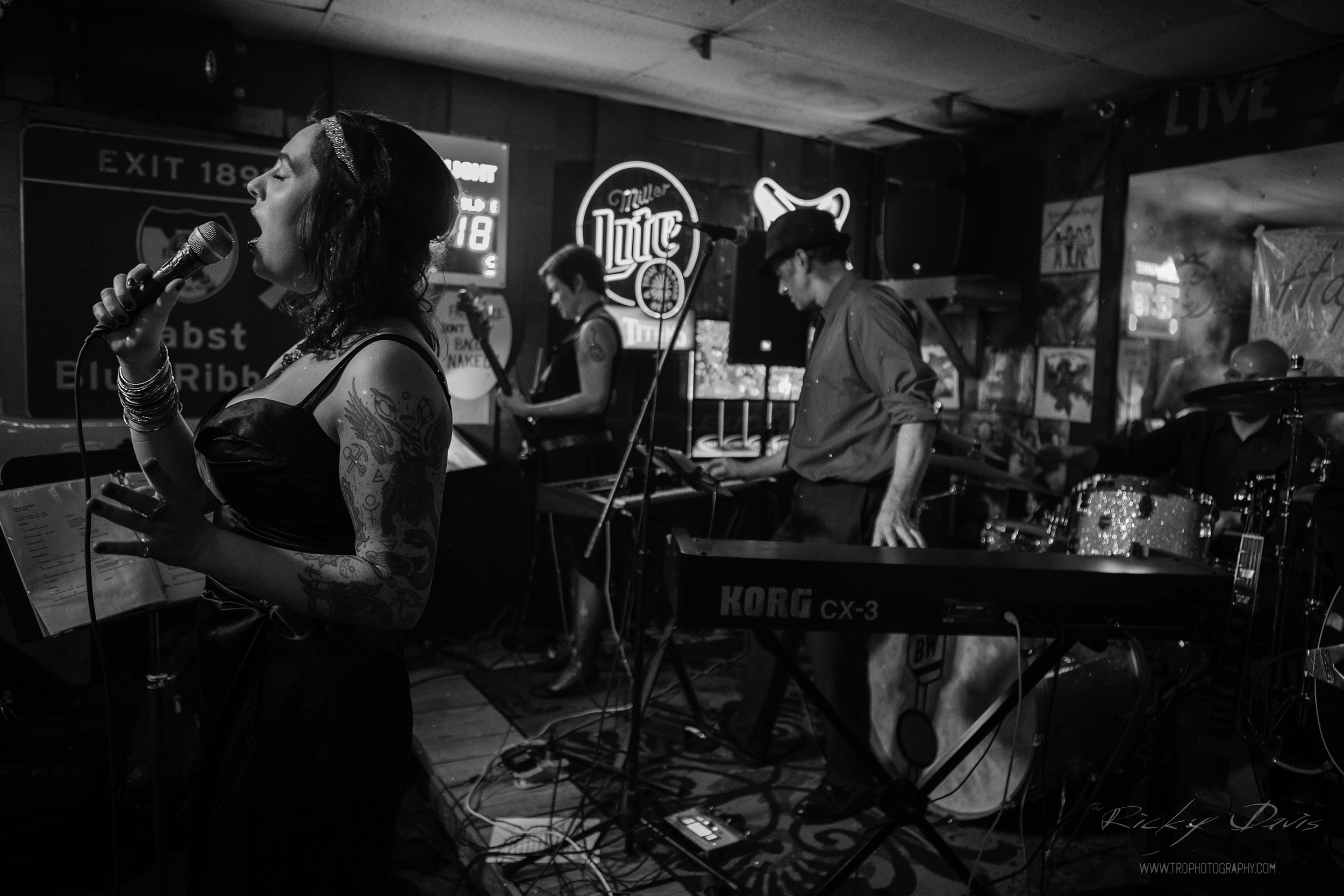 Pack of Wolves - Live at Mayo's in Chattanooga - TRD Photography - Canon 6D