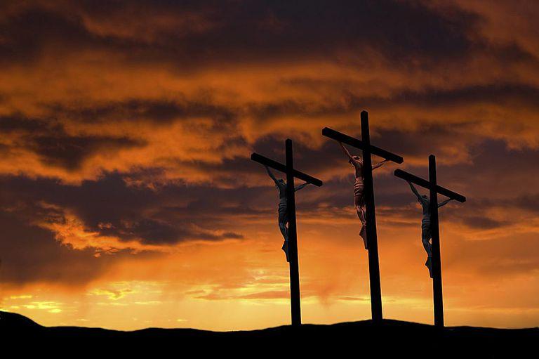 Crucifixion-3-Crosses-58b5ceeb5f9b586046d09034.jpg