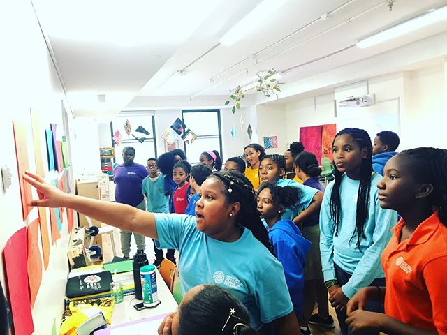 Our 7th grade Visual Art students closed out a creative week at CSA by observing each other's work and practicing the art of giving and receiving kind, constructive feedback 🎨 💜 #cityschoolofthearts #createlearnthrive