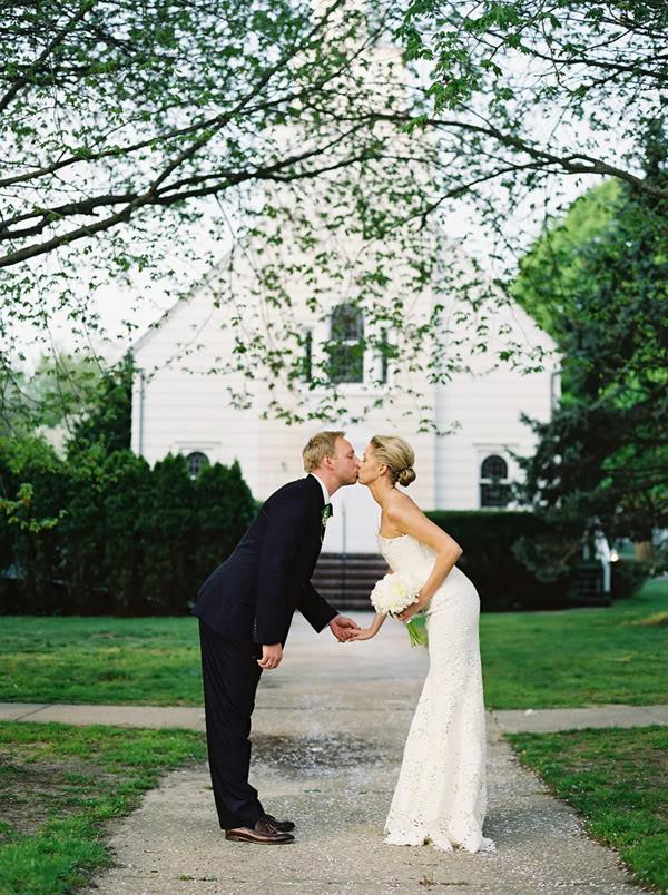 6-bride-and-groom-kissing.jpg