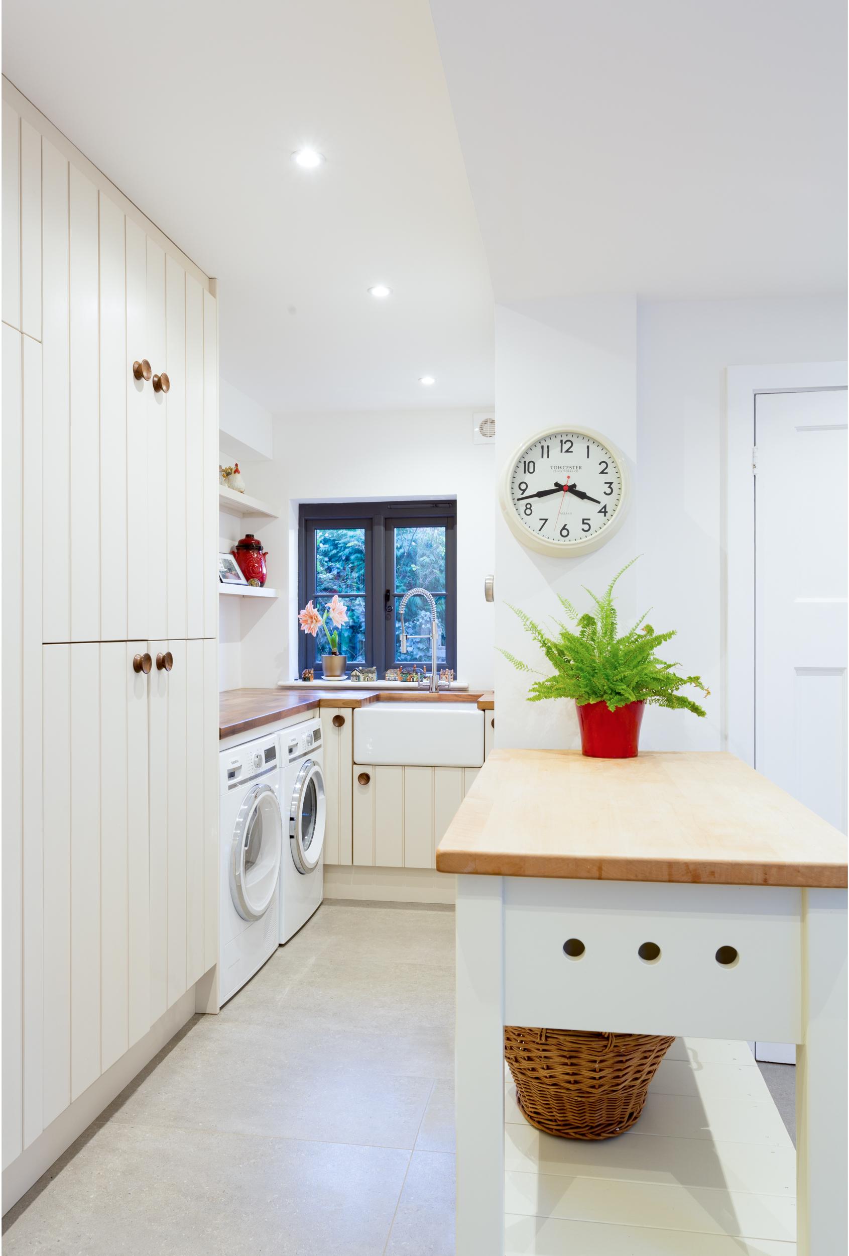 Ivy Cottage Kitchen (regrade).jpg