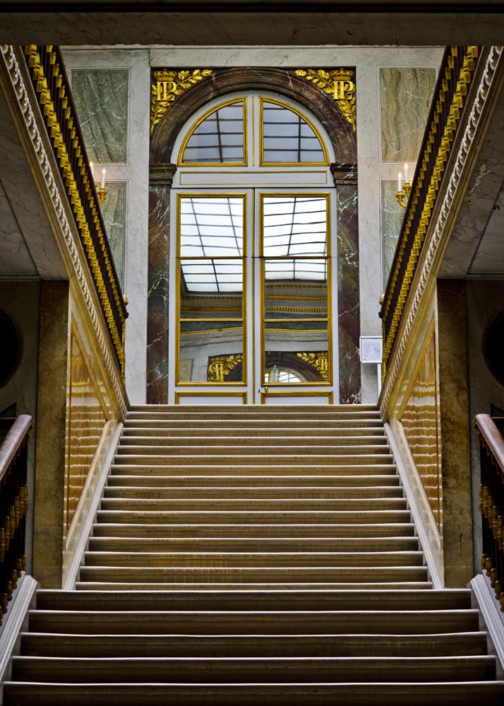 Stair Case Versi.jpg