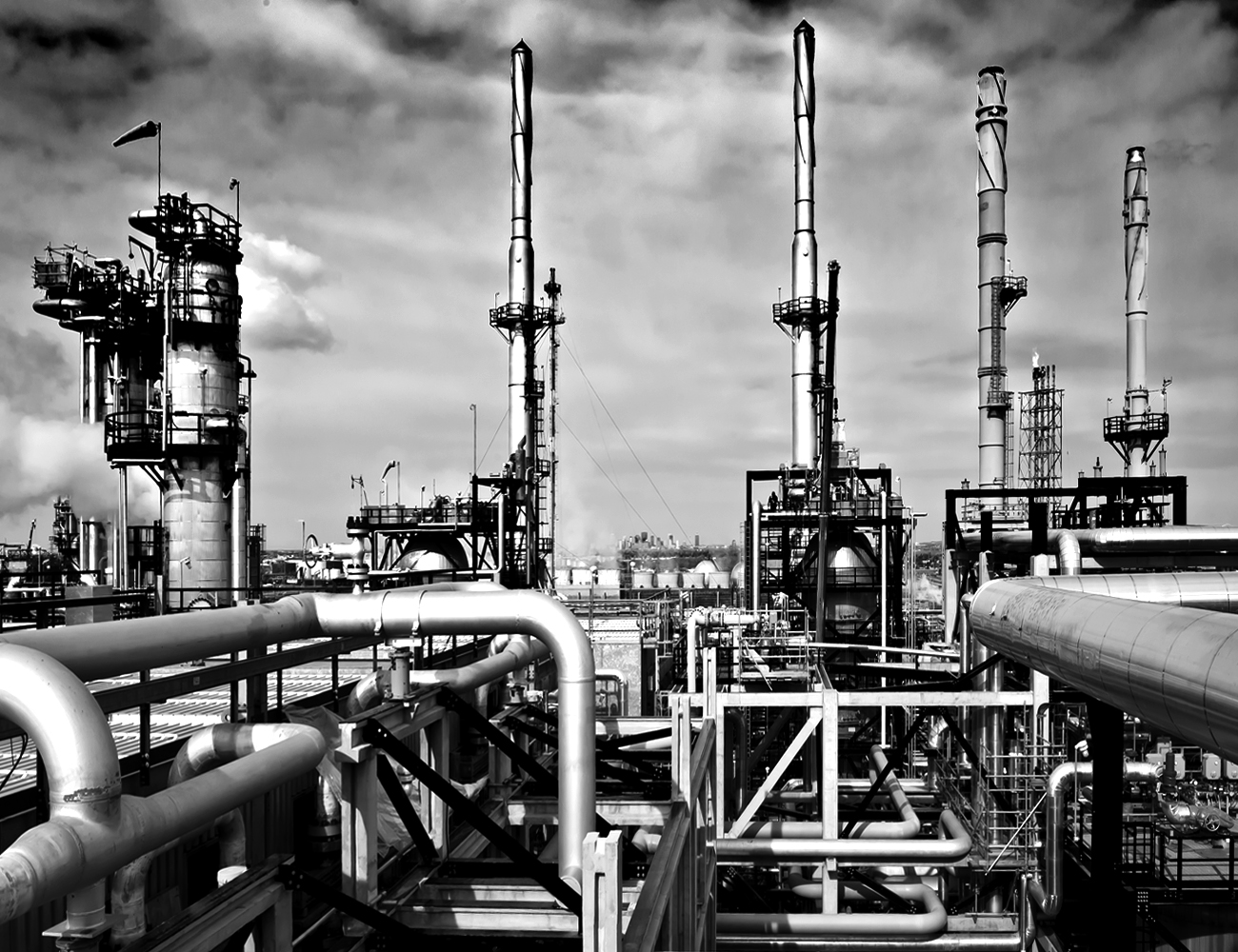 Suncor Refinery.jpg