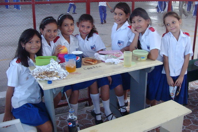 st johns puerto cortes school girls.JPG