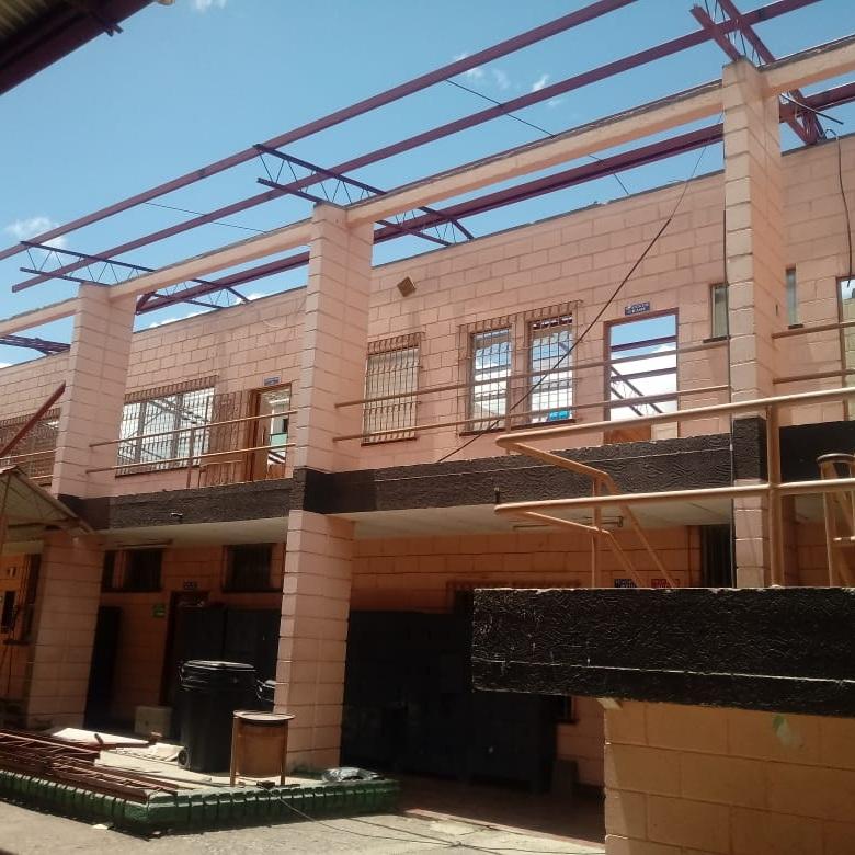 SAINT MARY'S - es una institución educativa con Acuerdo Permanente de carácter privado, No. 0584 SE-05 creado por el Poder Ejecutivo y es una Institución Educativa dirigida por la Iglesia Episcopal Hondureña y supervisada por las autoridades competentes de la Secretaría de Educación de Honduras.