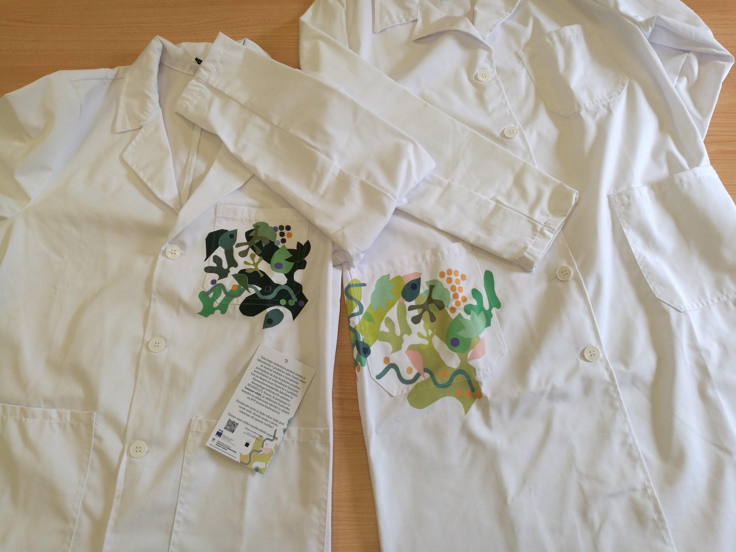 Super halja  je obdelana s postopkom, poimenovanim »lotusov efekt«, ki je skupni izum Univerze v Ljubljani