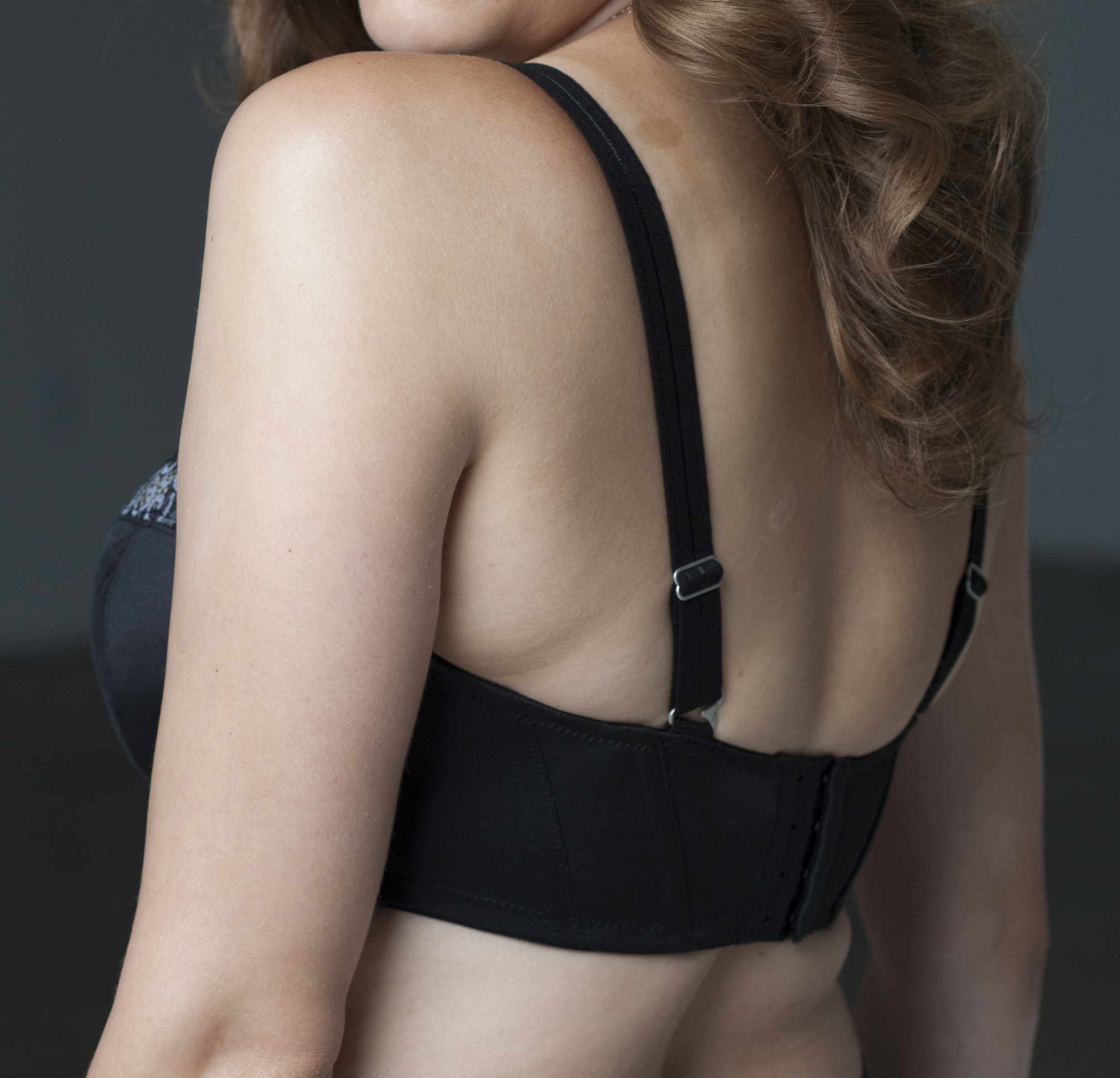 BACK Band - Having your correct underbust measurement is important. The band should do all the