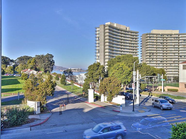 1111 Bay St. #303 San Francisco, CA