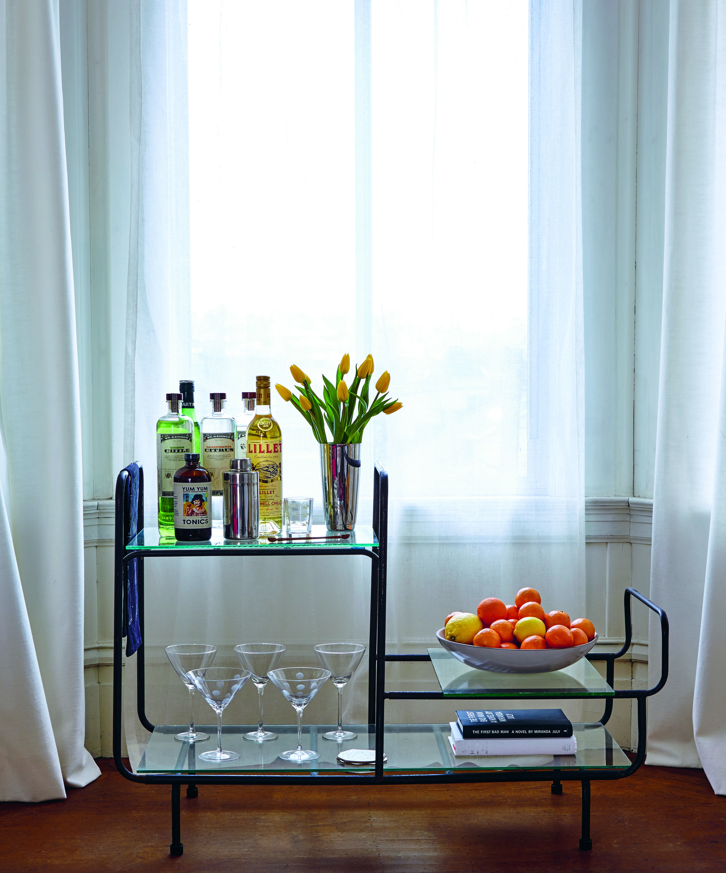 Bar_cart_ vodka _125.jpg