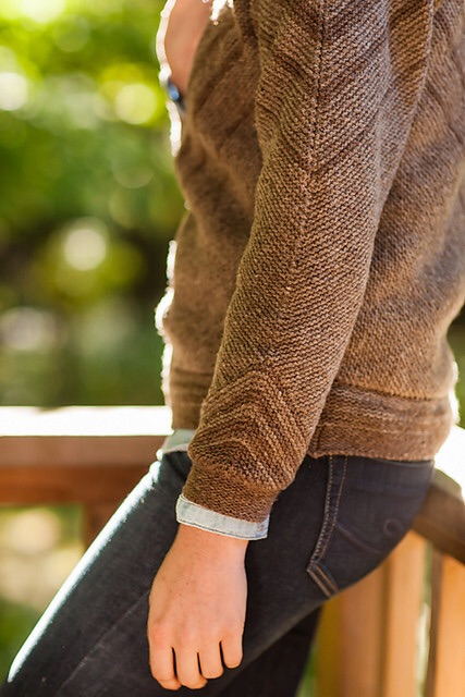 Trestle Pullover : cuff details