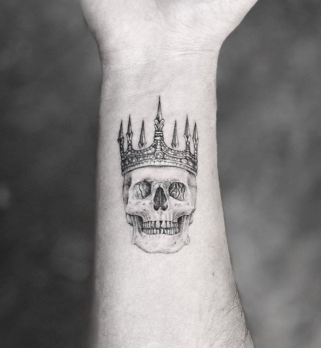 @mr.k_tattoo 💀👑 @mr.k_tats