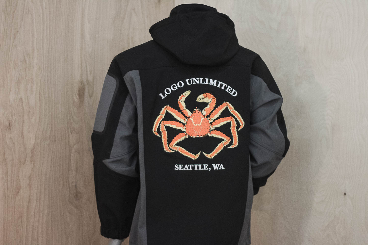 Full back XL embroidery on Soft shell Jacket