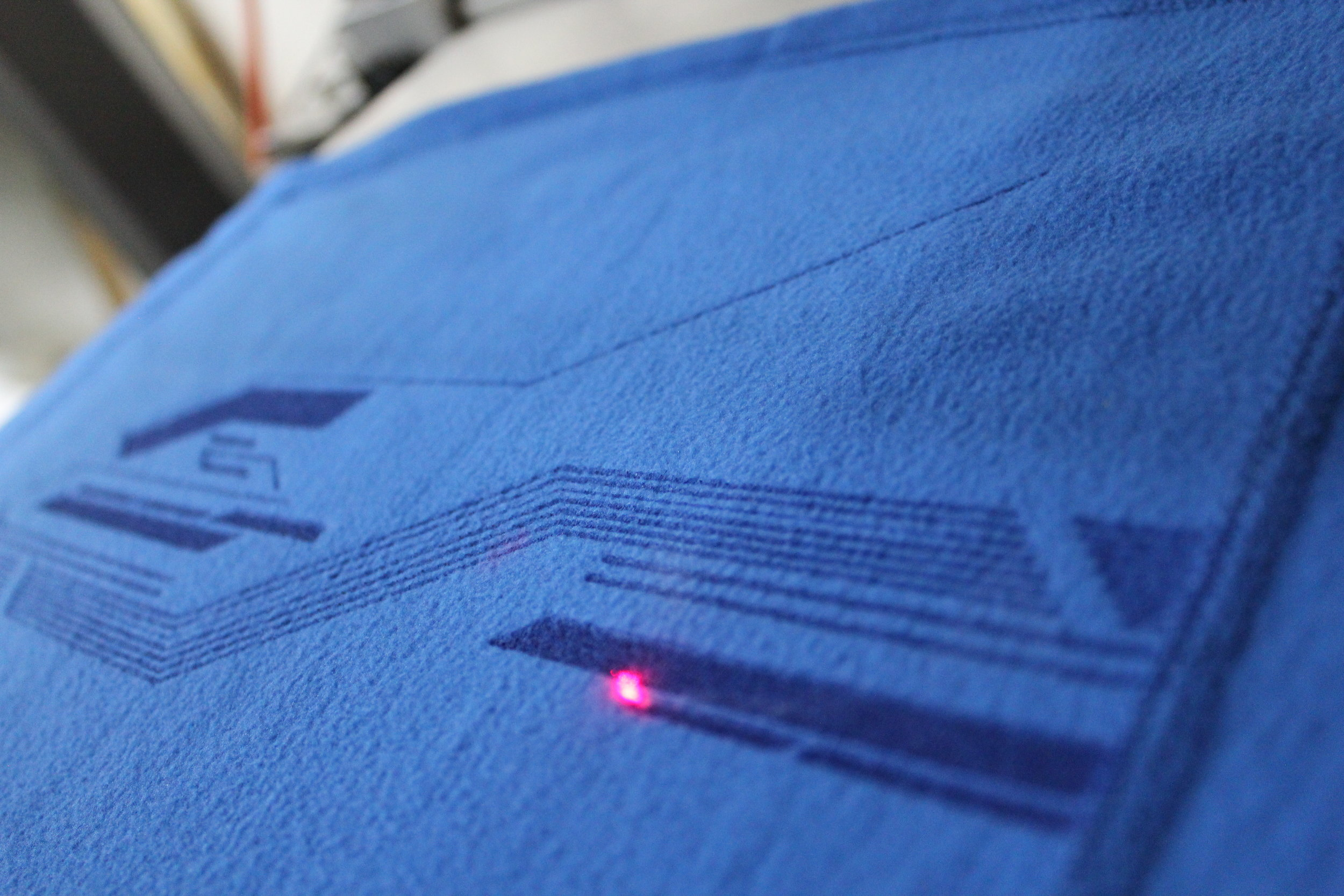logounltd_laser_etching_embroidery_screen_printing_corporate_apparel_uniform_custom_tshirts_uniforms_dye_sublimation_kirkland_bellevue_seattle_redmond_branded_merchandise_promotional_products_logo_untd (99).JPG