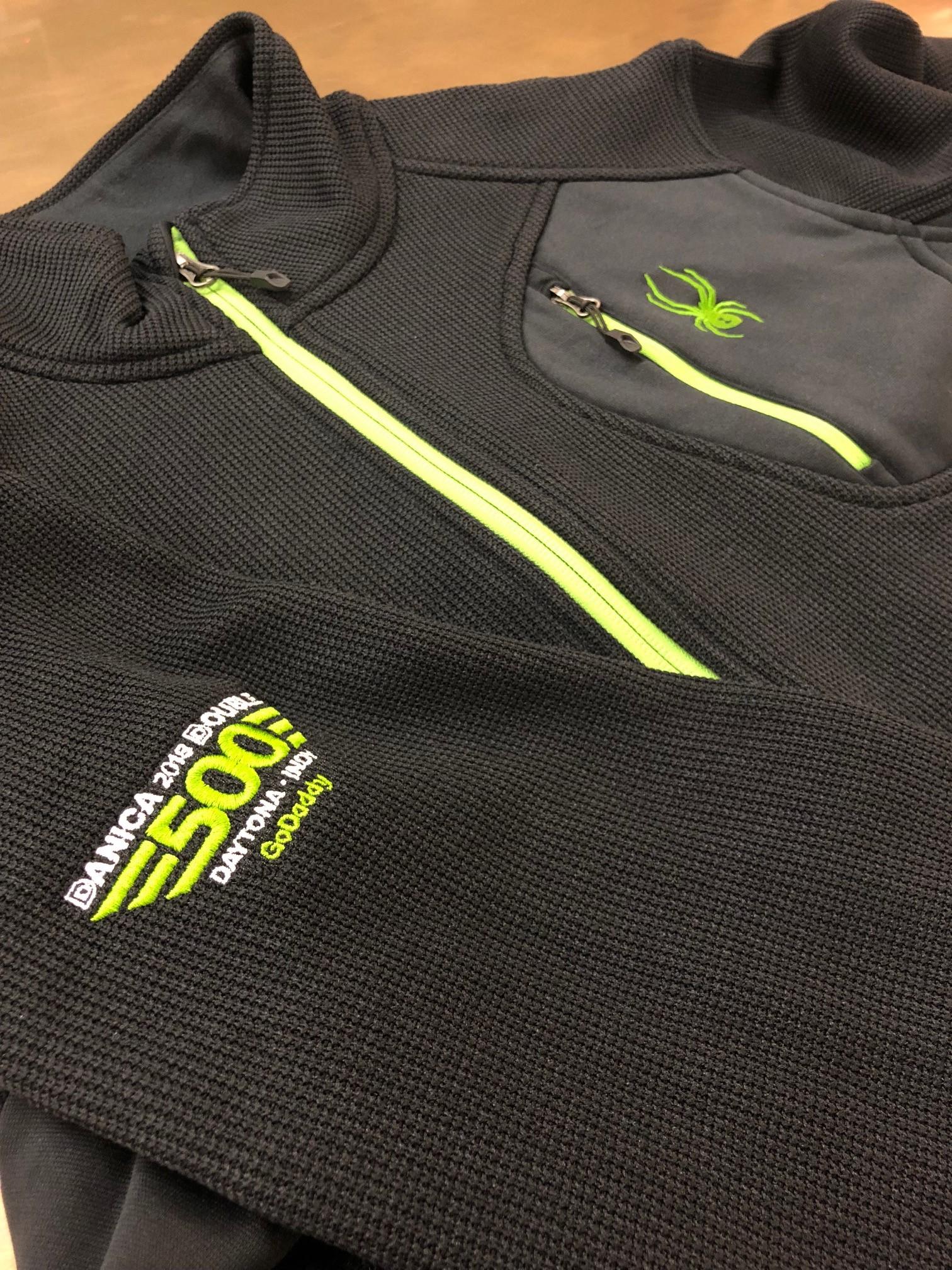logounltd_laser_etching_embroidery_screen_printing_corporate_apparel_uniform_custom_tshirts_uniforms_dye_sublimation_kirkland_bellevue_seattle_redmond_branded_merchandise_promotional_products_logo_untd (60).jpg